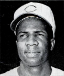 Frank Robinson-1961-via Baseball Digest via Wikimedia Commons